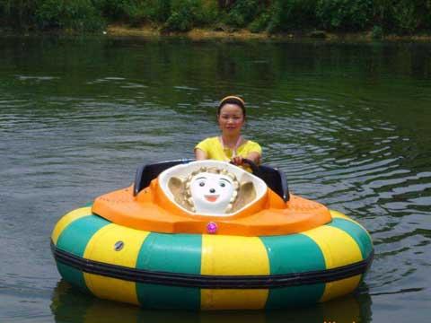 Water Bumper Boats rides
