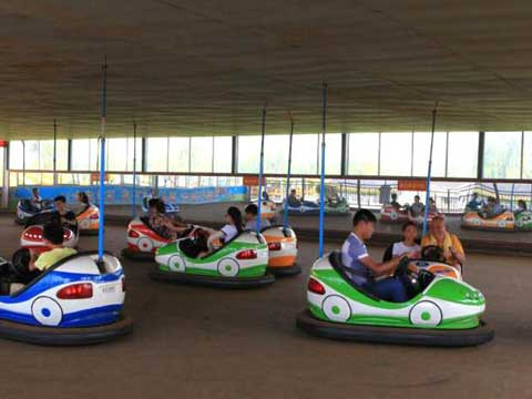 New Ceiling Grid Electric Bumper Cars for Iraq